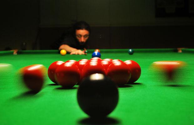 Mitten im Spiel: Snooker-Bälle (Foto: distillated / Flickr)